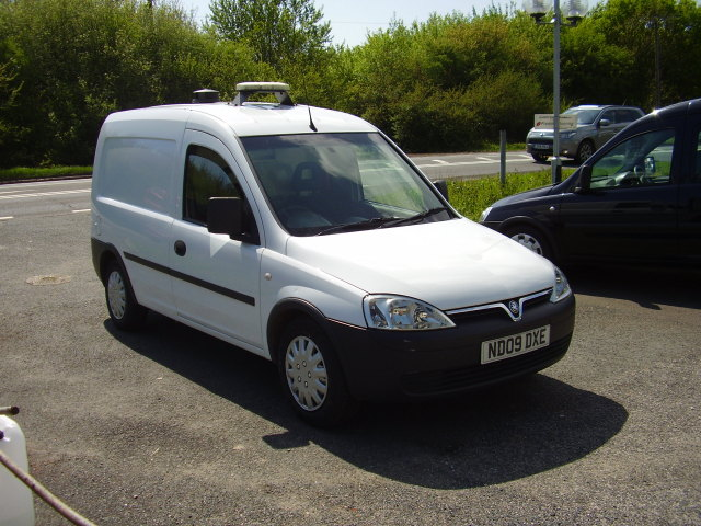 09(09) VAUXHALL COMBO 1700 CDTi £3,000.00 53,000 miles 1 owner